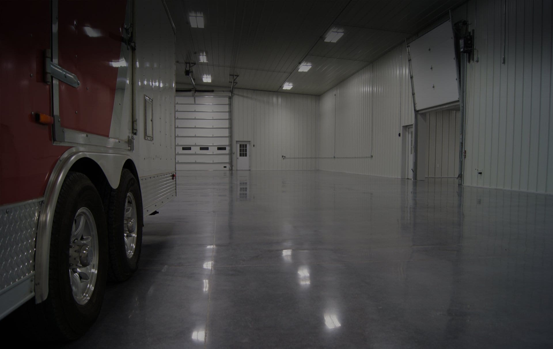 GIVE YOUR BUSINESS A HIGH-END LOOK WITH POLISHED CONCRETE
